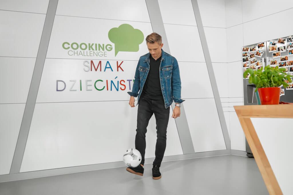 Jakub Rzeźniczak podjął wyzwanie w Cooking Challenge 1
